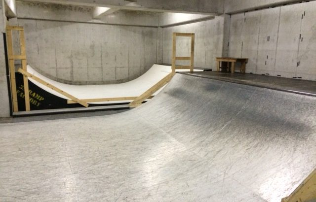 【おっさんの夢】仕事場兼スケートパークな〜んて場所を持てたら最高だよね〜