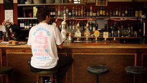スケボーとカフェという独特なコンセプトで展開する「Skateboard Cafe」より2014春/夏コレクションが発表