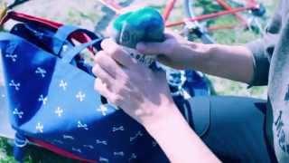 日本スケート界のオシャレさん【アレキサンダー・リー・チャン】トートバッグとソックスのプロモ映像