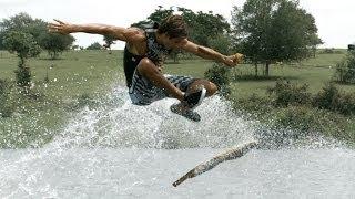 【水上でスケボー】スケボーとウェイクボードの中間的なスポーツ